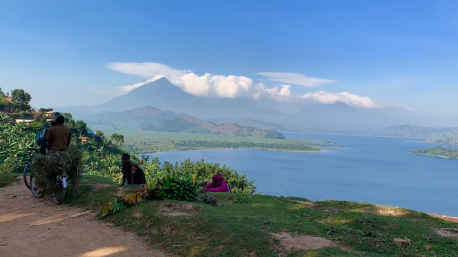 Vulkaan in de verte